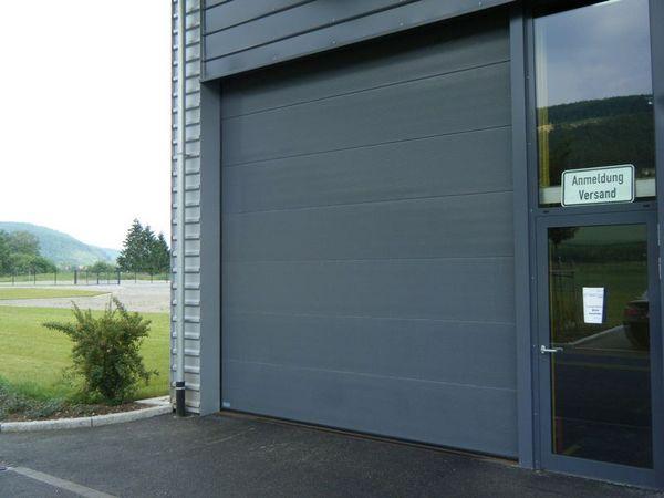 Industrie-Sektionaltor-ISO-5026-bqf